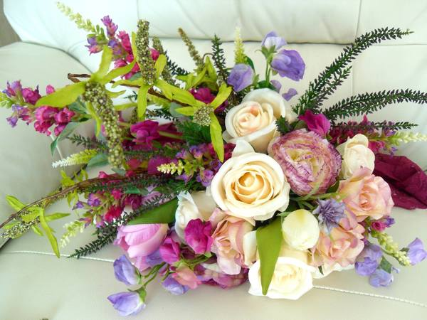 bride2bouquets, silk flowers, artificial flowers, bespoke silk flowers, wedding flowers, silk wedding flowers, silk flowers for events