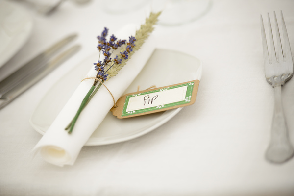 shropshire petals, wheat_and_lavender_table_decoration