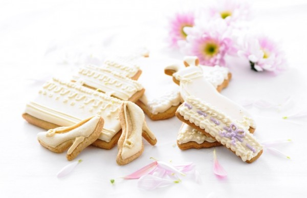 Biscuiteers, wedding-biscuit, hand iced biscuits , wedding collection