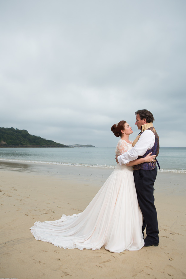 Cornwall-Wedding-Carbis-Bay-Hotel-Khalile-Siddiqui-Photography-Navy-and-Gold-Wedding-Details (34)