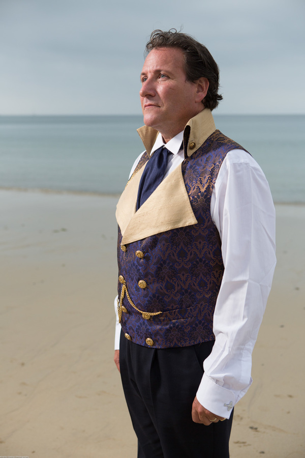 Cornwall-Wedding-Carbis-Bay-Hotel-Khalile-Siddiqui-Photography-Navy-and-Gold-Wedding-Details (37)