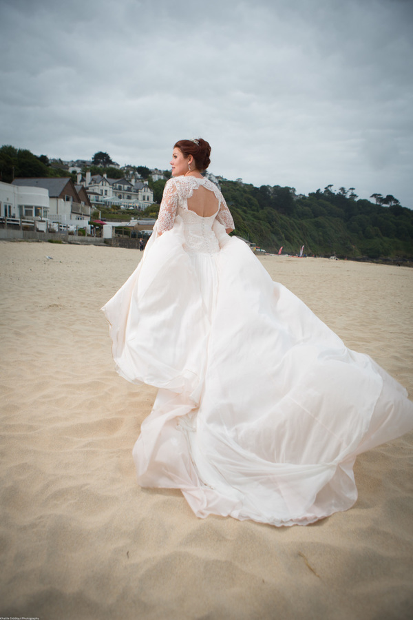Cornwall-Wedding-Carbis-Bay-Hotel-Khalile-Siddiqui-Photography-Navy-and-Gold-Wedding-Details (42)