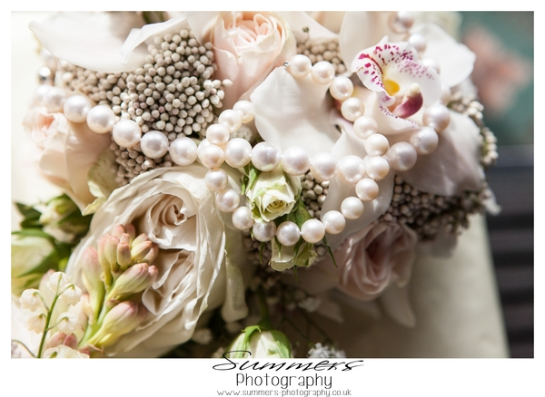 Gatsby-glamour-wedding-styled-shoot-Summers-Photography-Heatherden-Hall-At-Pinewood-Studios (72)