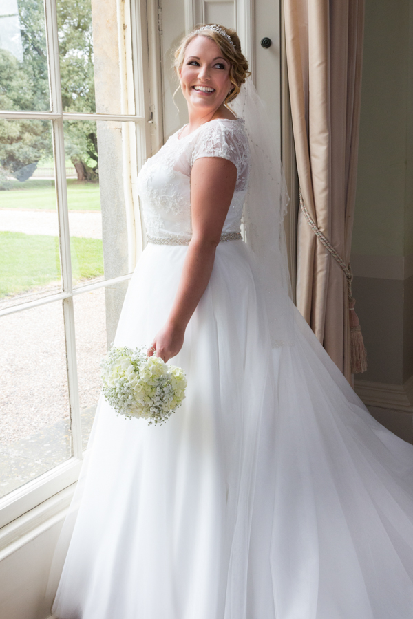 joanne-withers-photography-prestwold-hall-white-wedding-leicestershire-wedding (106)