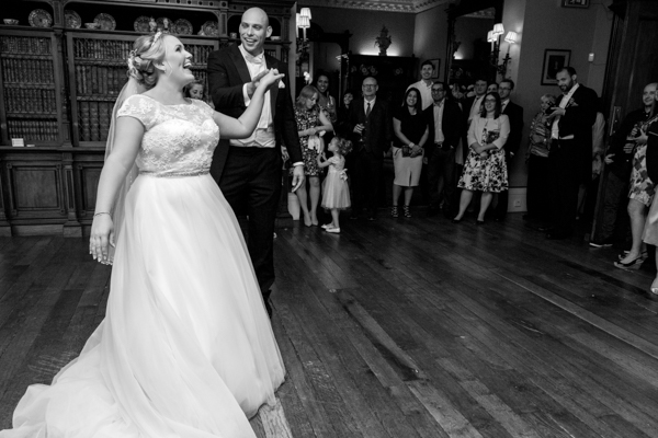 joanne-withers-photography-prestwold-hall-white-wedding-leicestershire-wedding (175)