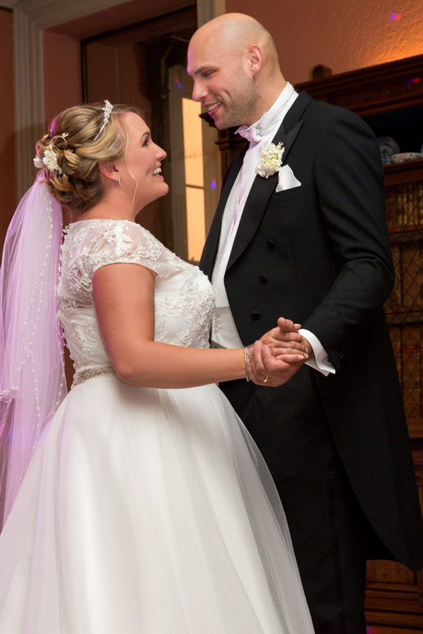 joanne-withers-photography-prestwold-hall-white-wedding-leicestershire-wedding (176)