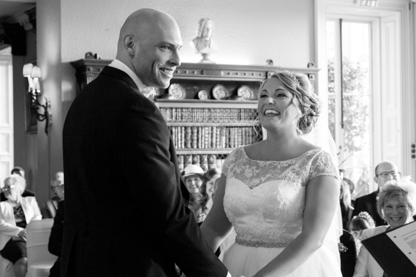 joanne-withers-photography-prestwold-hall-white-wedding-leicestershire-wedding (96)