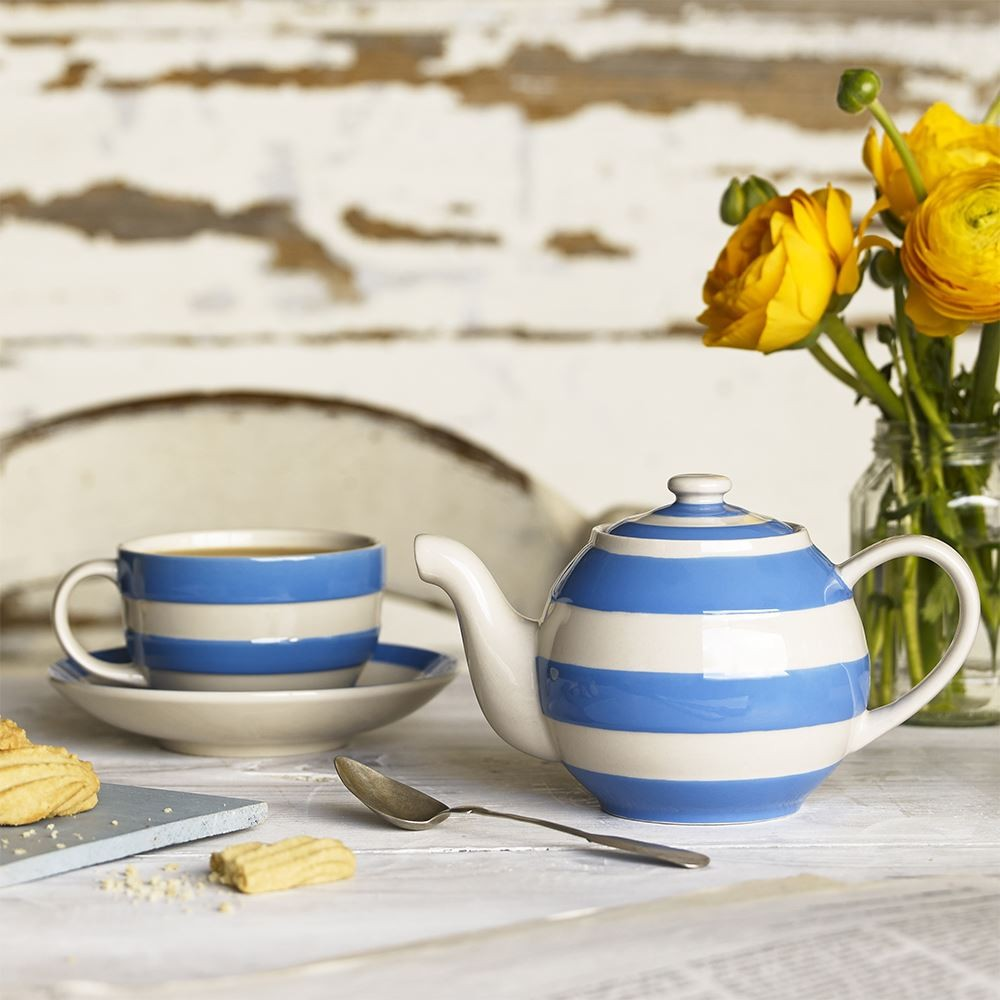 cornishware-betty-teapot-lifestyle-with-teacup, wedding gifts, emporium cookshop