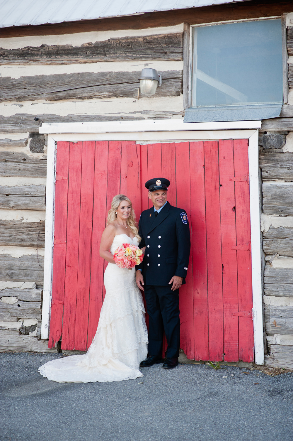 black-lamb-photography-ottawa-wedding-photographer-fire-fighter-themed-wedding-shoot-19