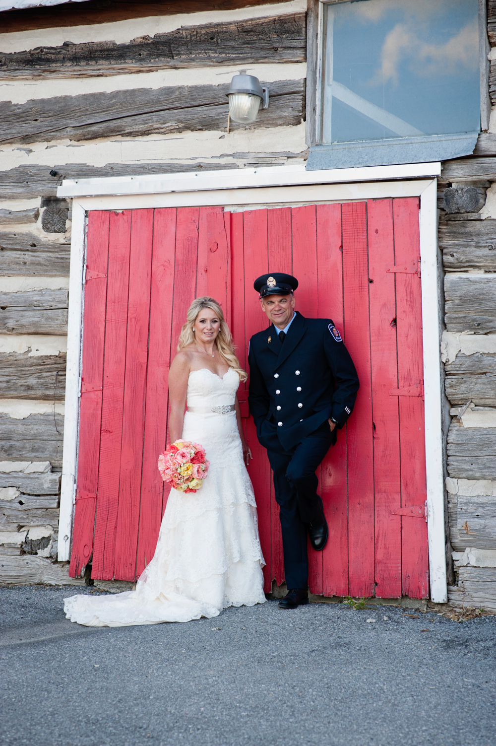 black-lamb-photography-ottawa-wedding-photographer-fire-fighter-themed-wedding-shoot-21