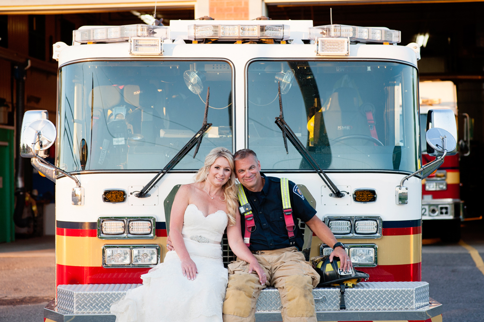 black-lamb-photography-ottawa-wedding-photographer-fire-fighter-themed-wedding-shoot-48