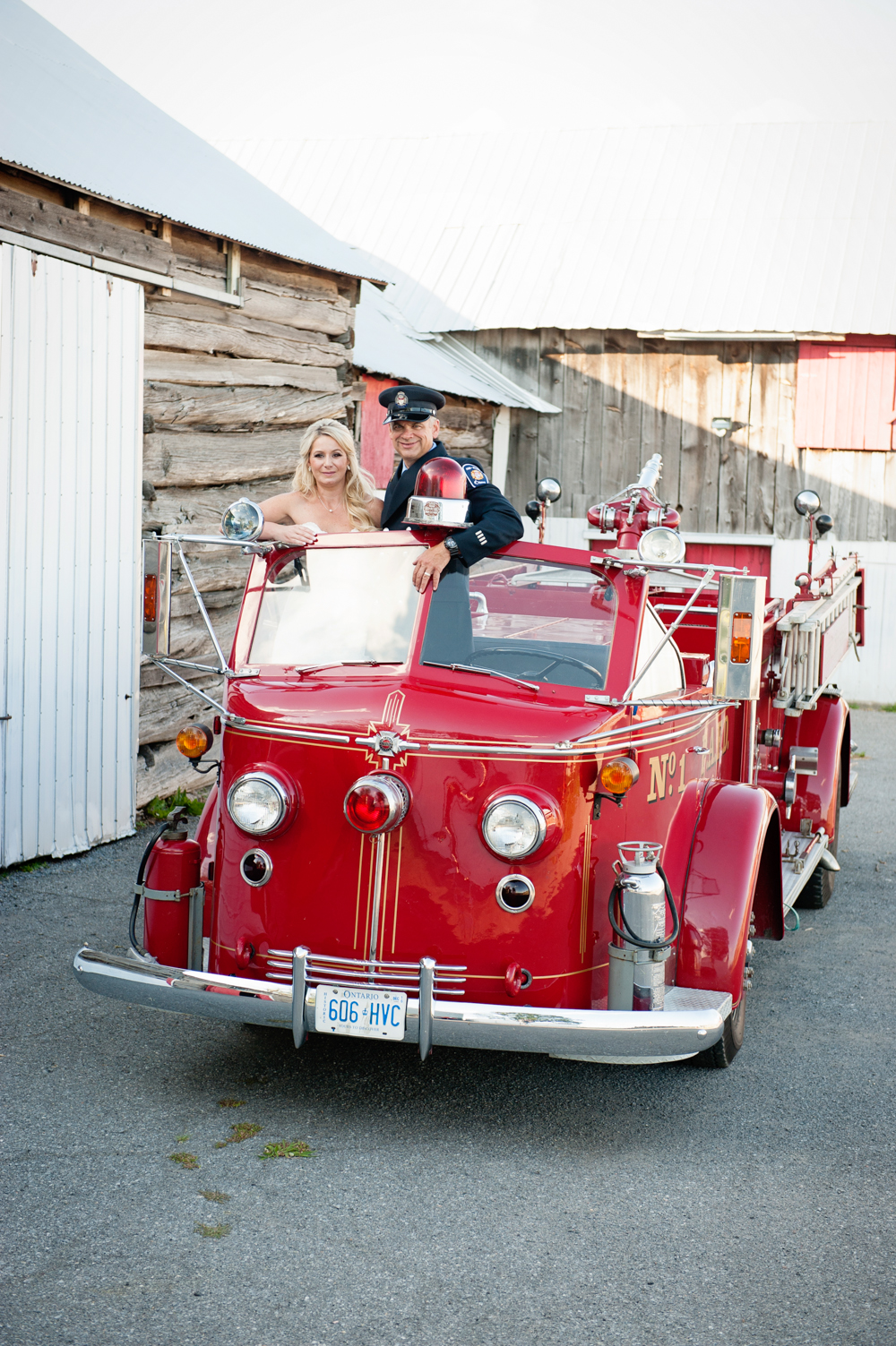 black-lamb-photography-ottawa-wedding-photographer-fire-fighter-themed-wedding-shoot-7