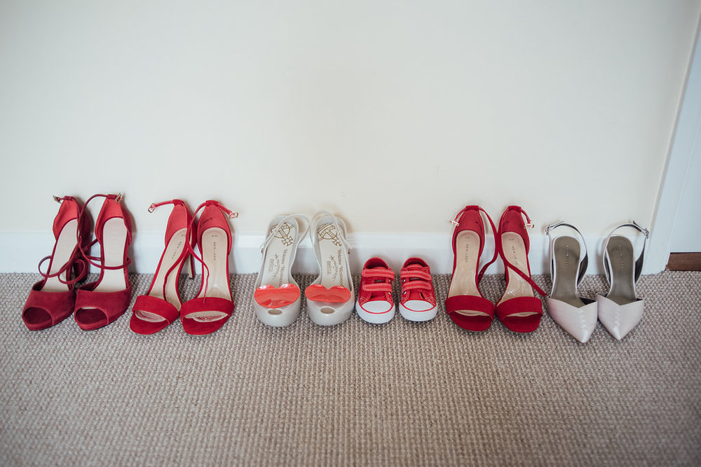 liberty-pearl-photography-cornwall-wedding-porthleven-wedding-red-and-blue-wedding-colour-palette-1