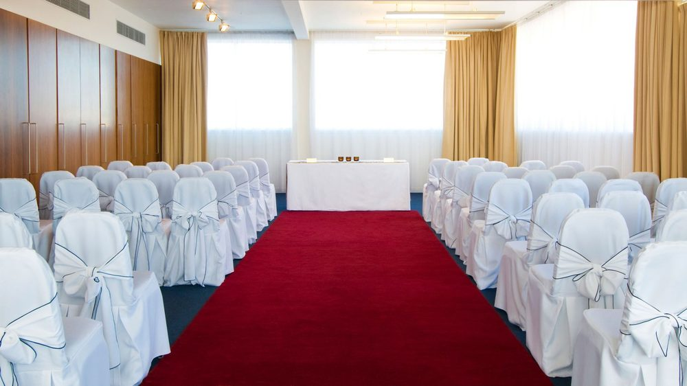 apex-city-quay-hotel-and-spa-dundee-wedding-venue-dundee-weddings, art gallery suite