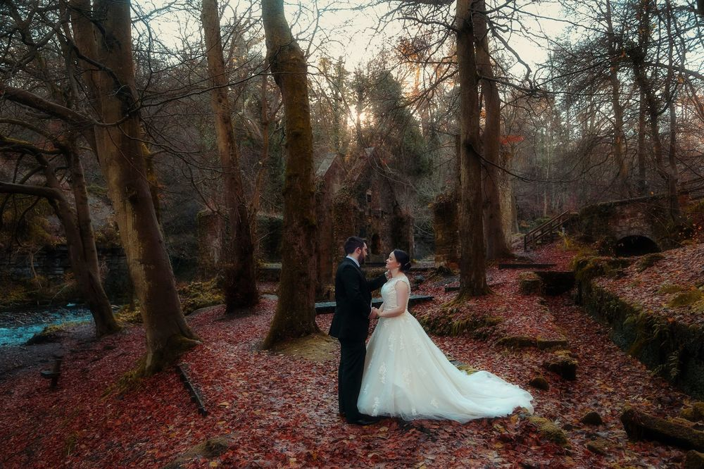 moon-rabbit-wedding-photography-autumnal-post-wedding-shoot-roslin-glen-10