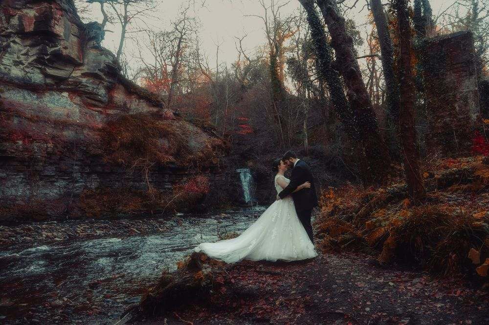 moon-rabbit-wedding-photography-autumnal-post-wedding-shoot-roslin-glen-9