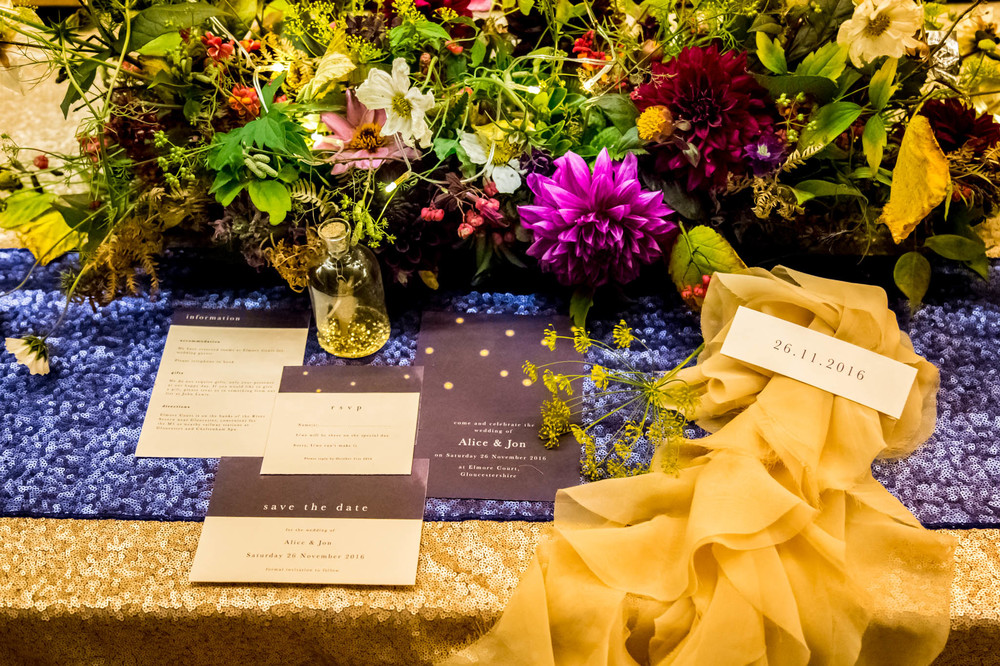 starry-night-themed-wedding-starry-night-themed-shoot-navy-and-gold-wedding-palette-laura-grace-photography-126