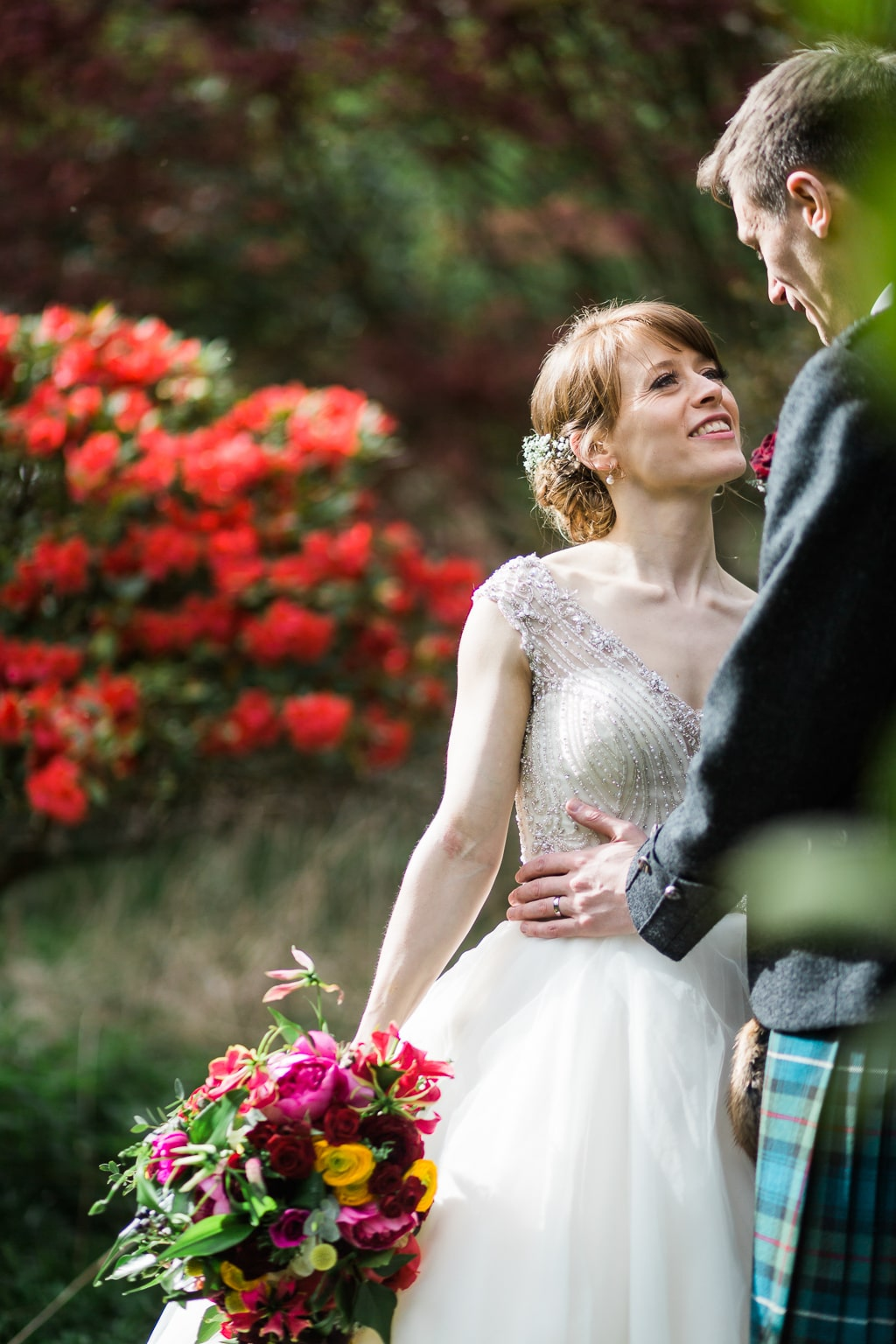 scottish wedding , colourful wedding, solen photography