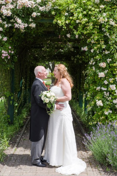 An intimate family focused Dunstable Wedding with pretty white details