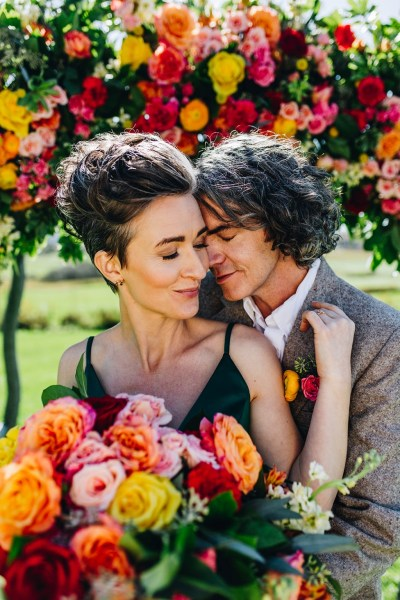 A Vibrant and Rebellious Fall Wedding inspired shoot with striking jewel colours