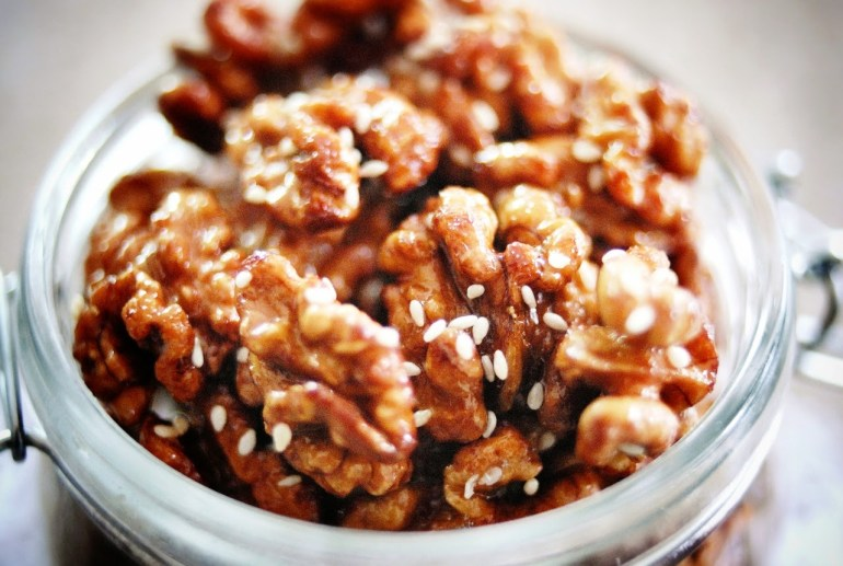 Recipe - Candied Walnuts