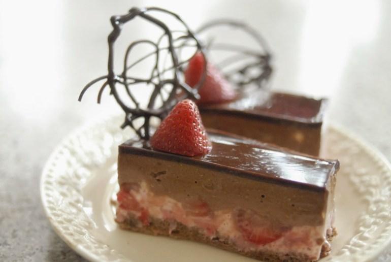 Recipe - Chocolate & Strawberry Mousse Cake