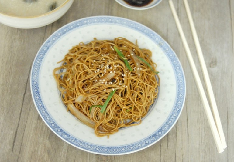 Stir-fried Noodles with Soy Sauce