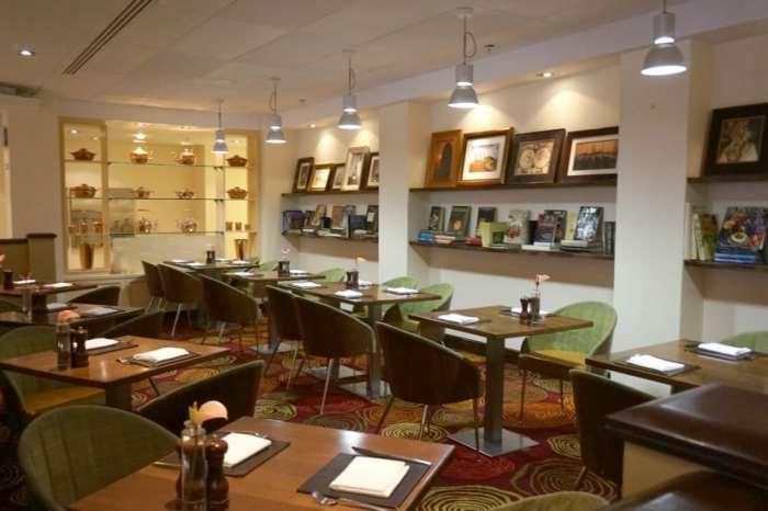 Heathrow Windsor Marriott Hotel restaurant
