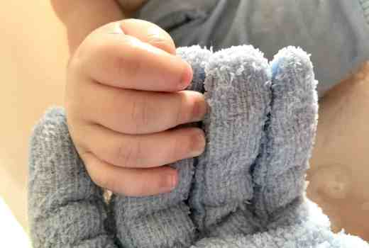 Flannel Fingers Blue Baby Bath