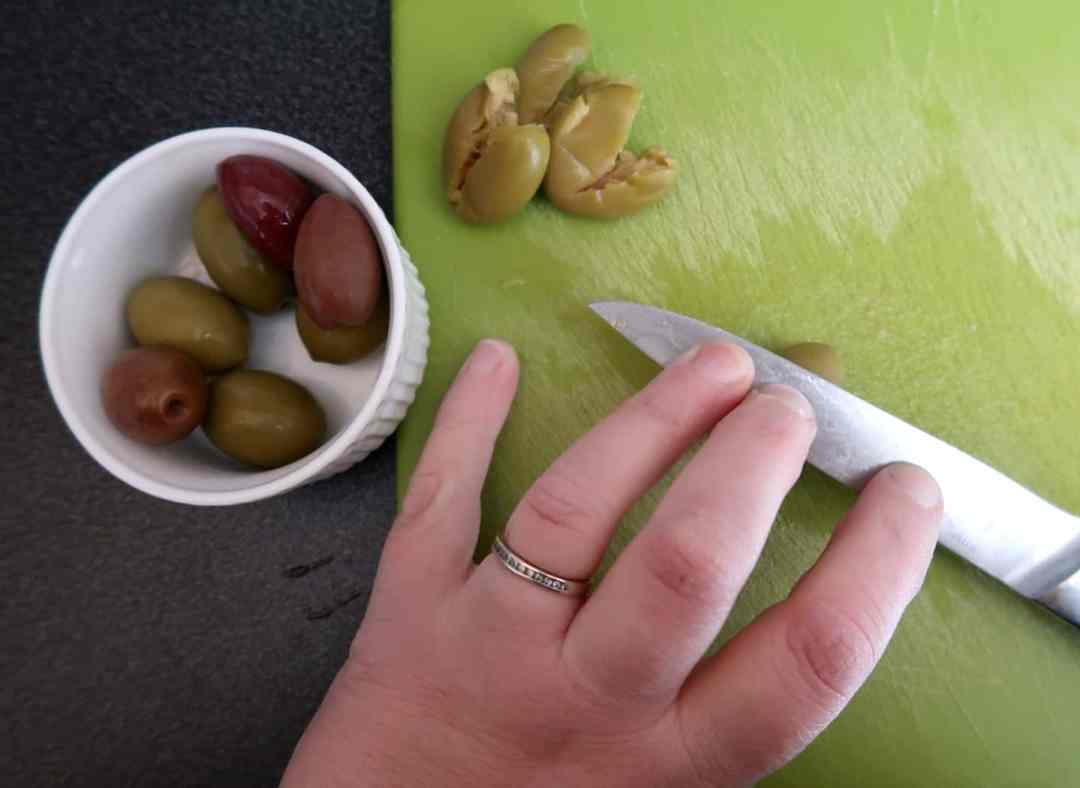 Destoning olives