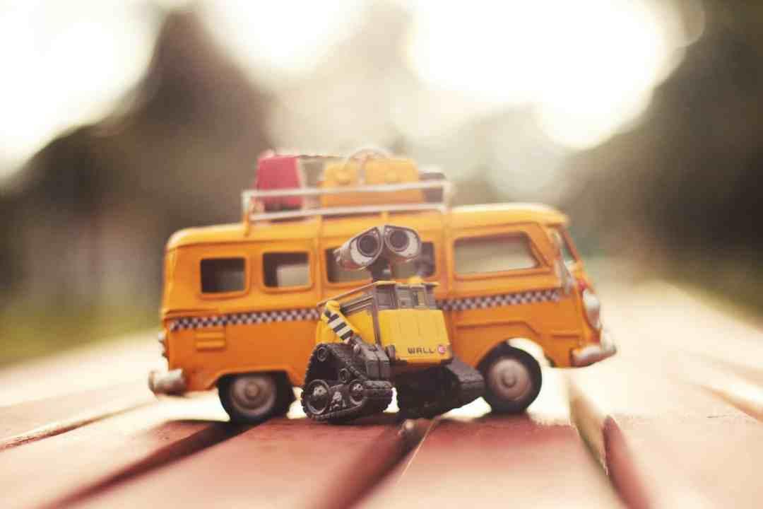 children travelling