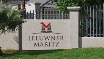 MrsSmith_Website_PROJECT-leeuwner maritz_LS8