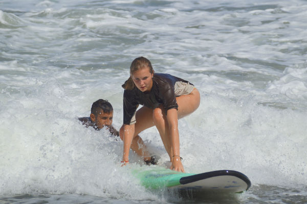 hot & wild surfing classes in costa rica