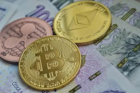 Bitcoin,Etherum,Ripple