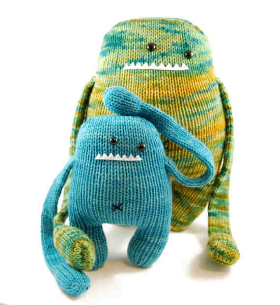 Plush Love (& a Sandwich) – Knitted & Crocheted Plush