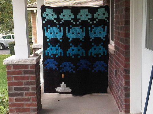 Craftster Pick of the Week – Sloth003's Space Invader Quilt