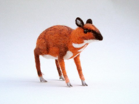 CreturFetur needle felted chevrotain