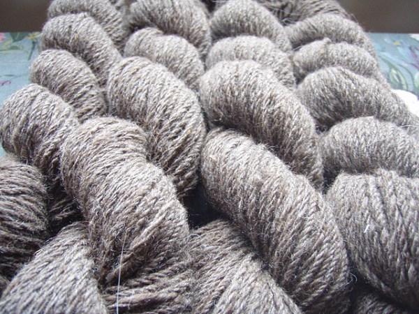 Blue-faced Leicester yarn