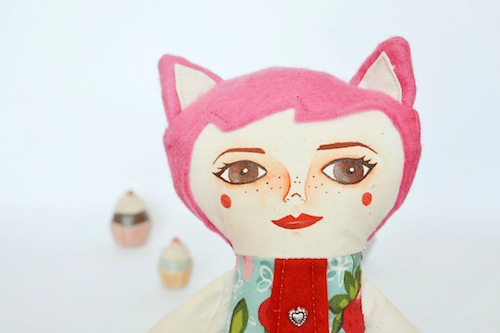Cat Girl by Mandarinas de Tela (Soft Sculpture)