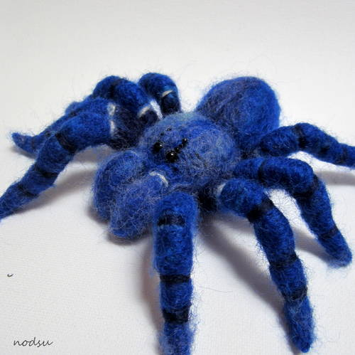 Craftster Pick of the Week – Petskin's Felted Tarantula