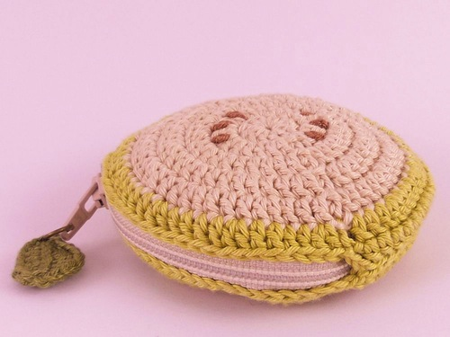 Fruit Coin Purse (Light Green Apple) by Teapot Magpie (Crochet)