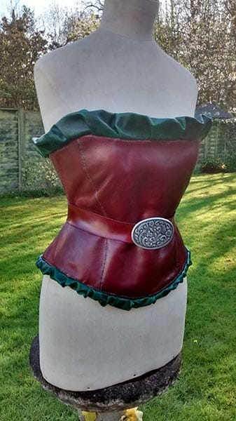 Leather corset made from veg tanned calfskin and pigskin - Designed, stained, moulded, burnished and hand stitched by Suzanne Treacy - photo by Suzanne Treacy
