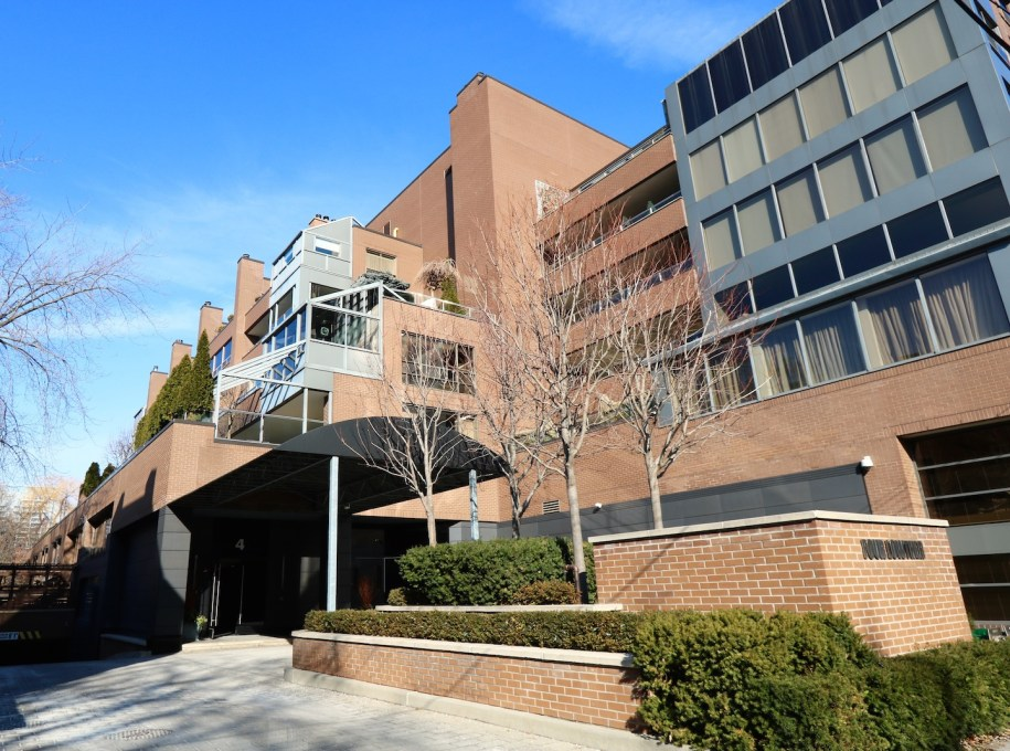 4 Lowther Aveunue Condo Yorkville Toronto Floor Plans Prices Amenities Listings