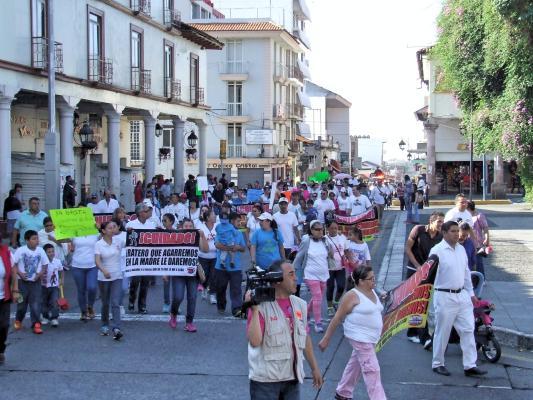PROTESTA 4_Fotor