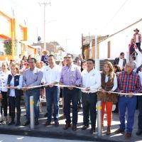 Inaugura Gobernador obras públicas en Zitácuaro