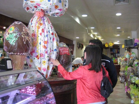 Largest Chocolate Easter Egg in the World