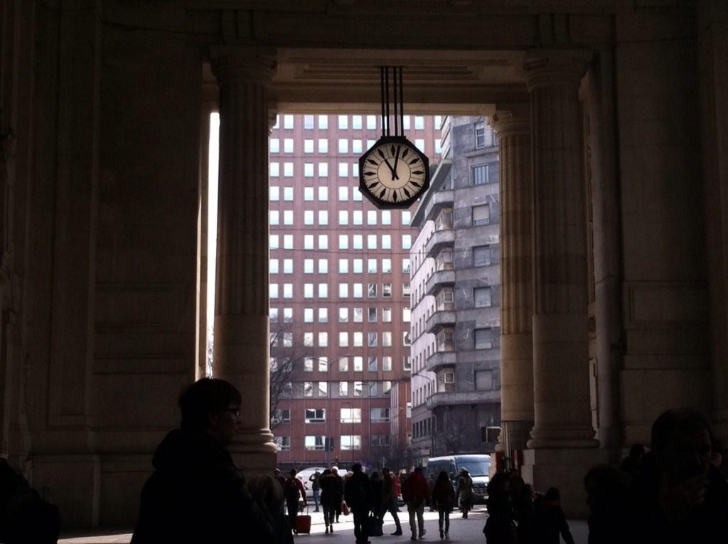 Clock watching, JumbleSkine