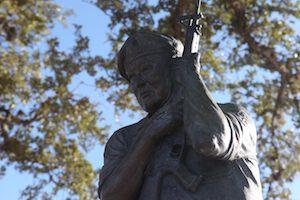 Znaczenie snu statua