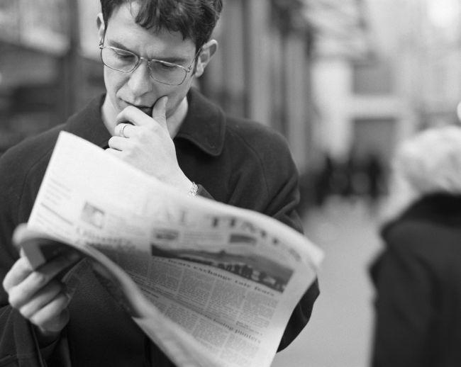 reading-newspaper
