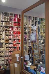 Wall of Yarn, Li'l Weasel